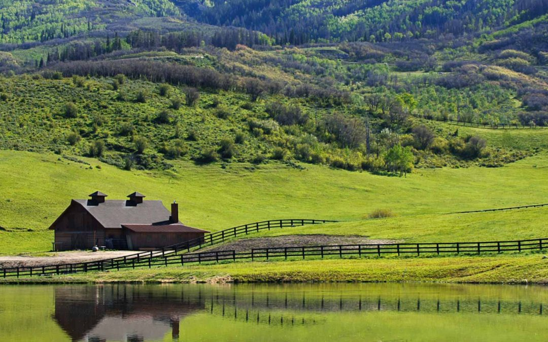 Steamboat at the tipping point: Well­ traveled buyers see value in homes on acreage at Alpine Mountain Ranch & Club