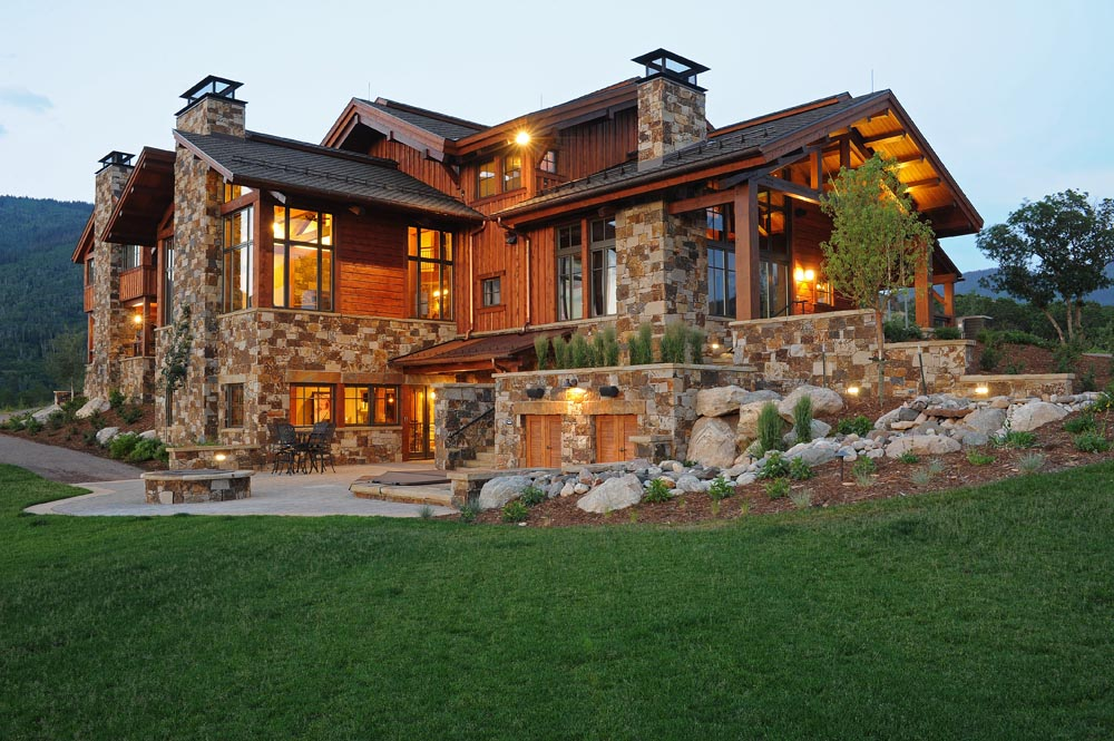 Spectacular Living