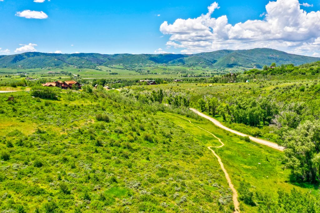 Alpine Mountain Ranch Club June 2020 Lot 17 Afternoon Drone Aerial 18 1 1024x682 - Homesite #17